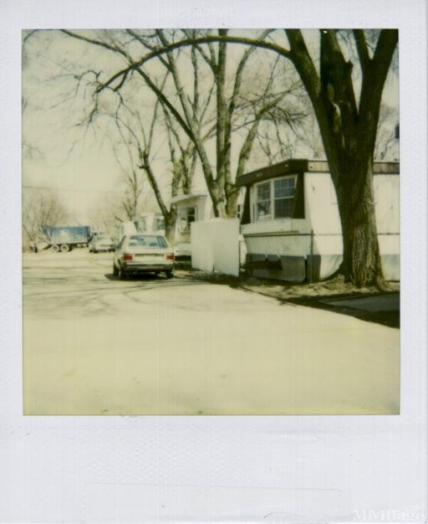 Airway Trailer Park Mobile Home Park in Hamilton, OH