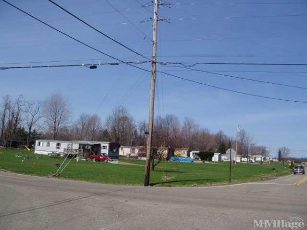 Carroll's Trailer Park Mobile Home Park in Columbiana, OH