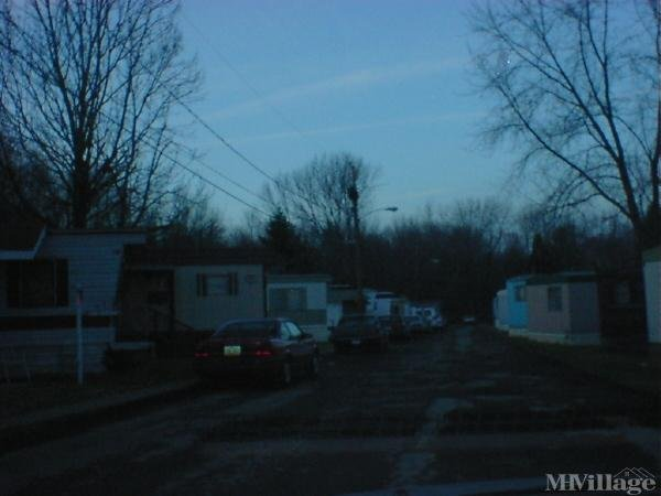 C & C Mobile Home Community Mobile Home Park in Salem, OH