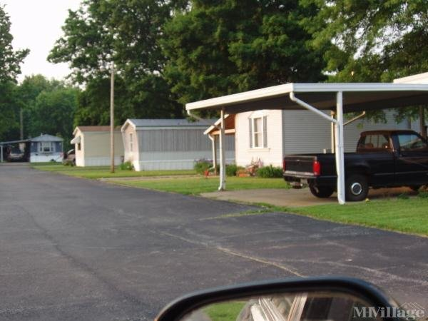 Guilford Lake Estates Mobile Home Park in Lisbon, OH