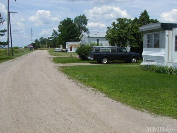 Twin Lakes Mobile Home Park Mobile Home Park in Columbus, OH