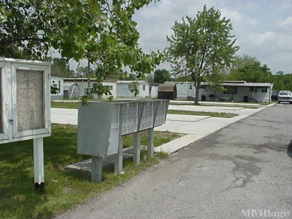 Highland Mobile Home Park Mobile Home Park in Defiance, OH