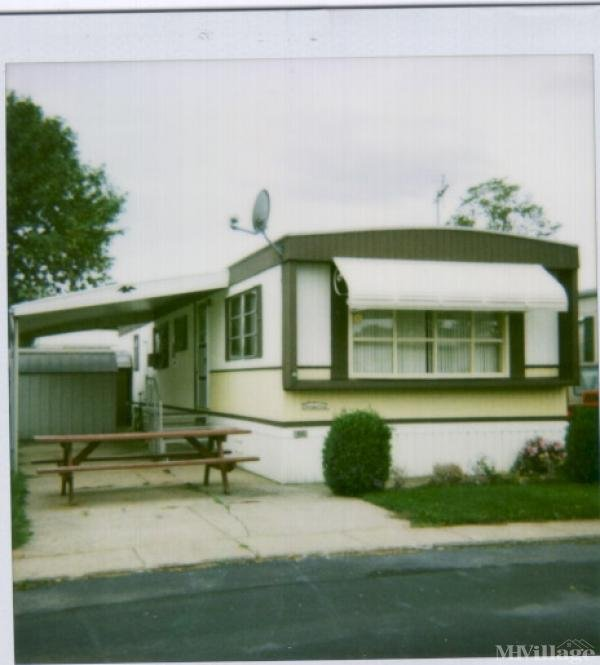 Queen Of The Lakes Mobile Home Park in Huron, OH