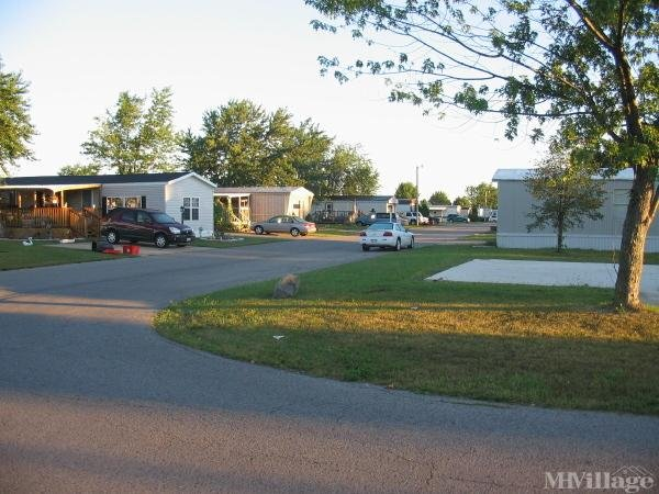 Glenwood Estates Mobile Home Park in Napoleon, OH