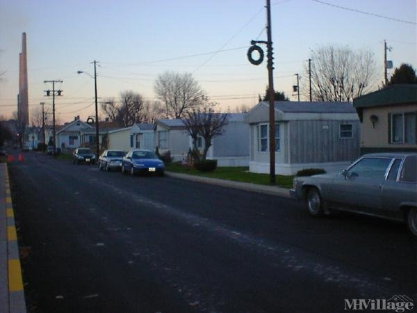 Garren's M H Ctr Mobile Home Park in Stratton, OH