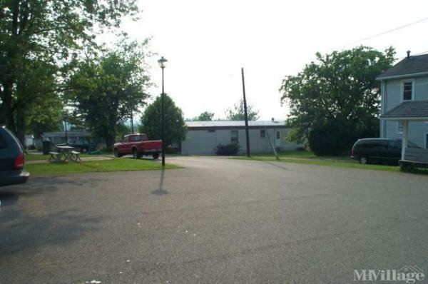 Orchard Trailer Park Mobile Home Park in Mount Vernon, OH