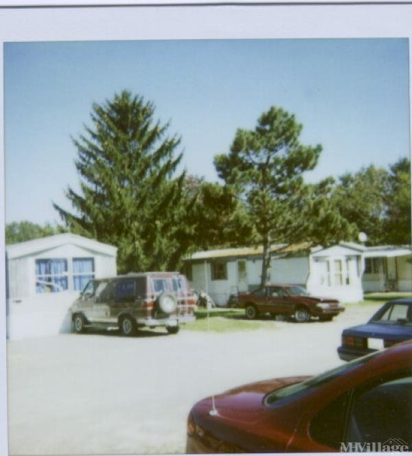 Indian Hills Mobile Ct Mobile Home Park in Bellefontaine, OH