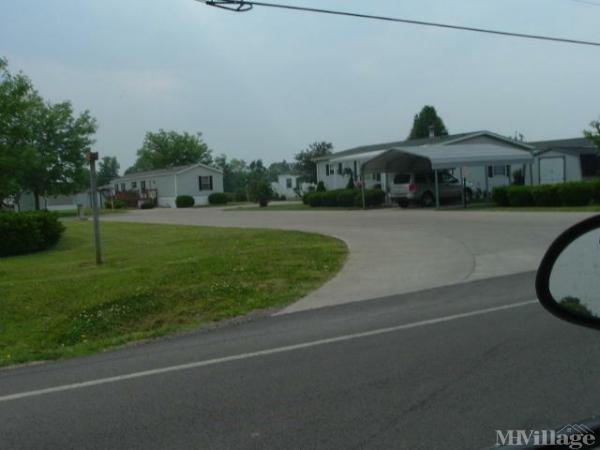 Moundwood Resort Est Mobile Home Park in Huntsville, OH