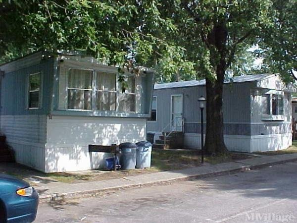 Sylvania Estates Mobile Home Park in Toledo, OH