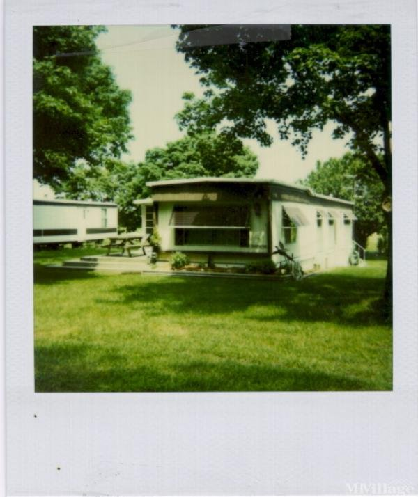 Peterson Mobile Home Park Mobile Home Park in Port Clinton, OH