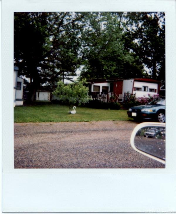 Roberts Trailer Park Mobile Home Park in Thornville, OH