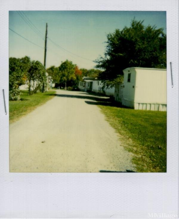Bower's Mobile Home Park Mobile Home Park in Columbus Grove, OH