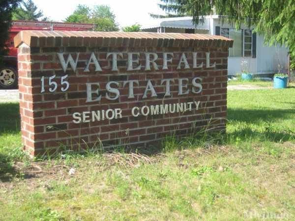 Waterfall Senior Estates Mobile Home Park in Mansfield, OH