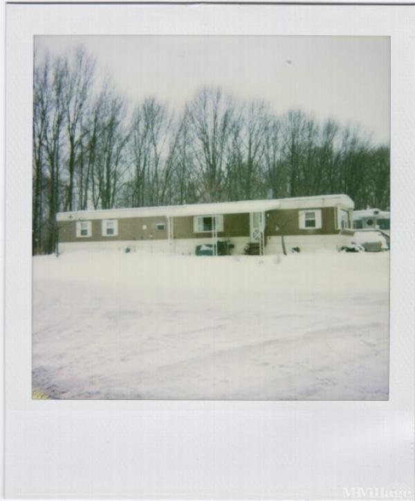 Woodside Estates Mobile Home Park Mobile Home Park in Mansfield, OH