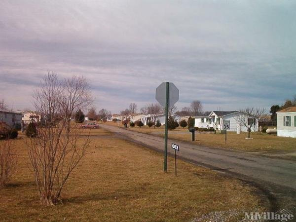 Airport View Mobile Home Park Mobile Home Park in Beach City, OH