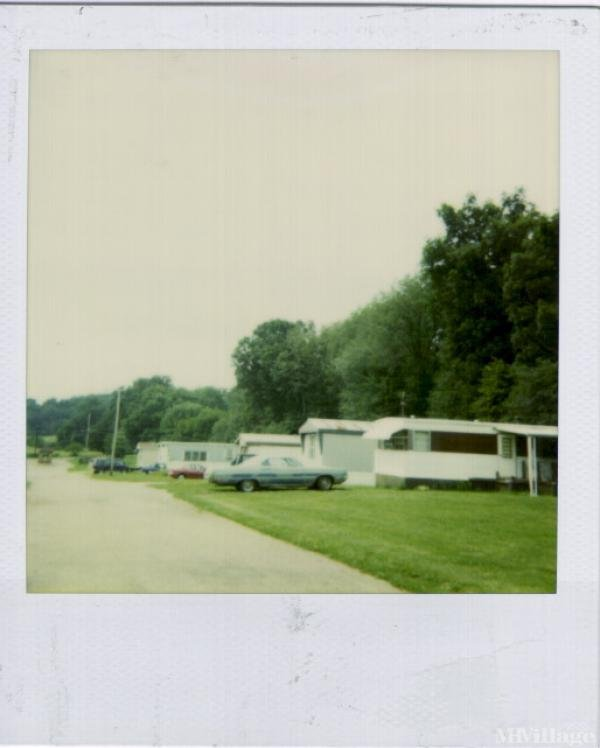 Crystal Lake Park Mobile Home Park in Canal Fulton, OH