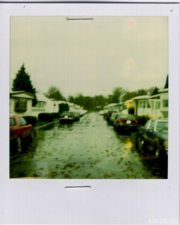 B & J Mobile Home Park Mobile Home Park in Toledo, OH