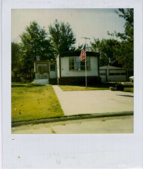 M & C Mobile Village Mobile Home Park in Doylestown, OH