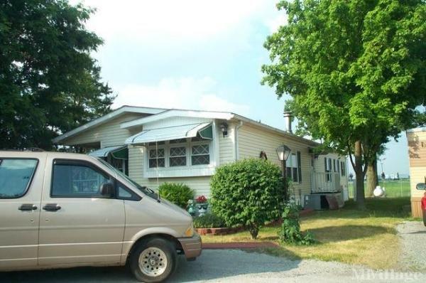 Parkway Estates Mobile Home Park in Upper Sandusky, OH