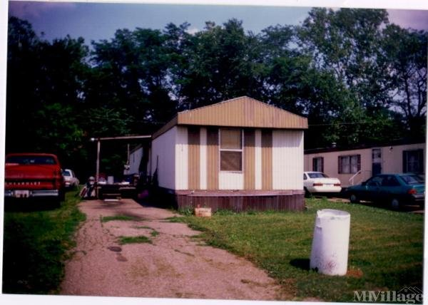 N Oxford Drive Mobile Home Park in Newcomerstown, OH