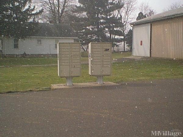Eagle Oaks Mobile Home Park in Zanesville, OH