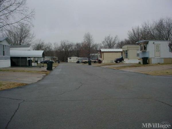 Photo of Willowrun Mobile Home Park, Claremore, OK