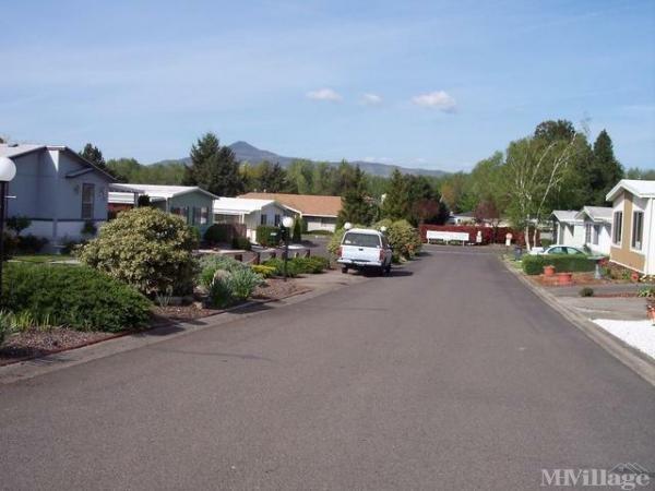 Glenwood Mobile Home Park Mobile Home Park In Medford Or Mhvillage