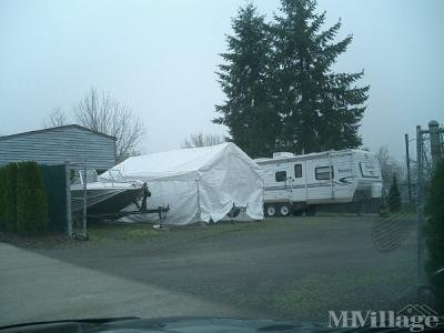 Mobile Home Park in Dundee OR
