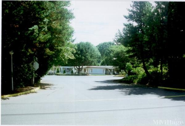 Photo 4 of 1 of park located at 6900 SW 195th Avenue, #214 Beaverton, OR 97007