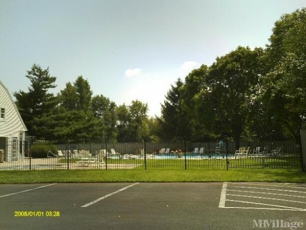 Pennwood Crossing Mobile Home Park in Morrisville, PA
