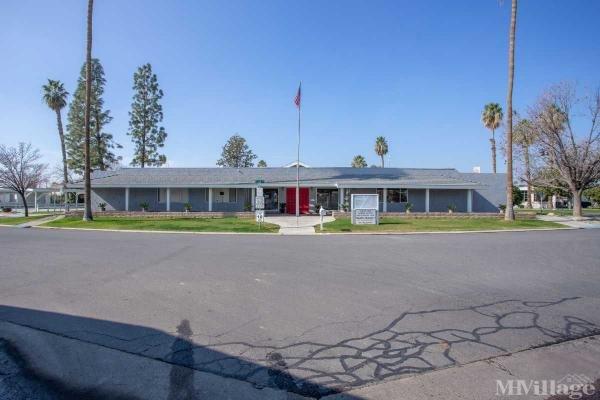 Photo of Smoke Tree Mobile Estates, Bakersfield, CA