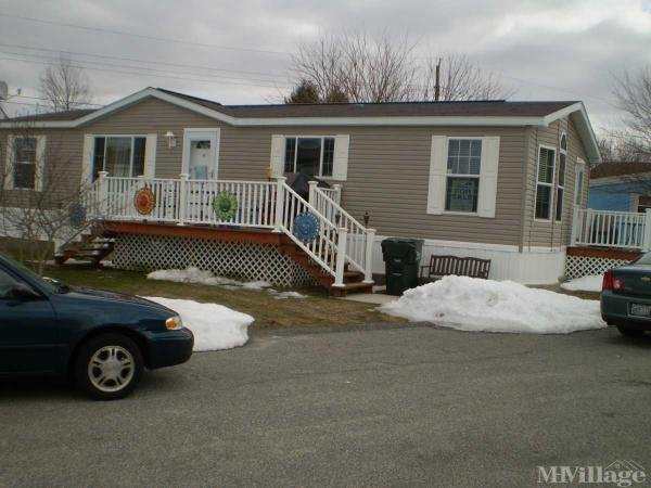 Photo 1 of 2 of park located at 175 Bristol Ferry Rd Portsmouth, RI 02871