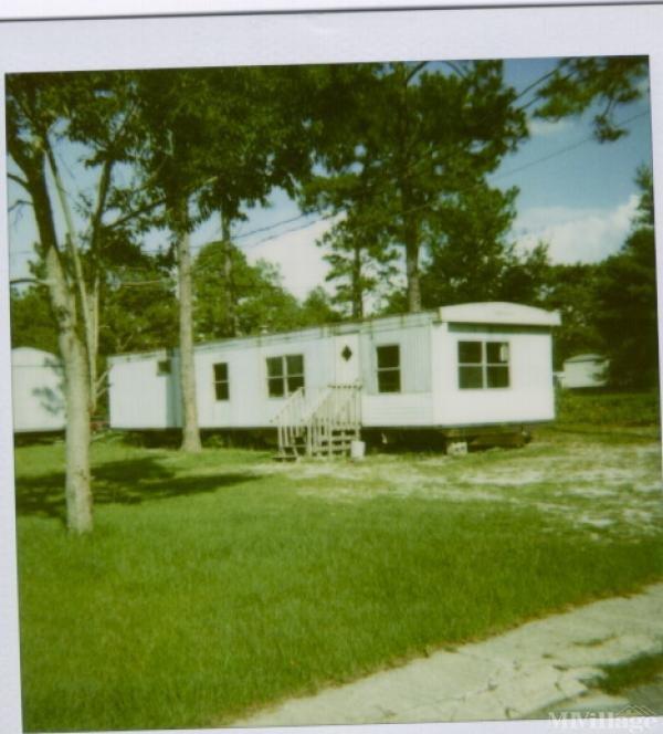 Percival Estates Mobile Home Park in Elgin, SC