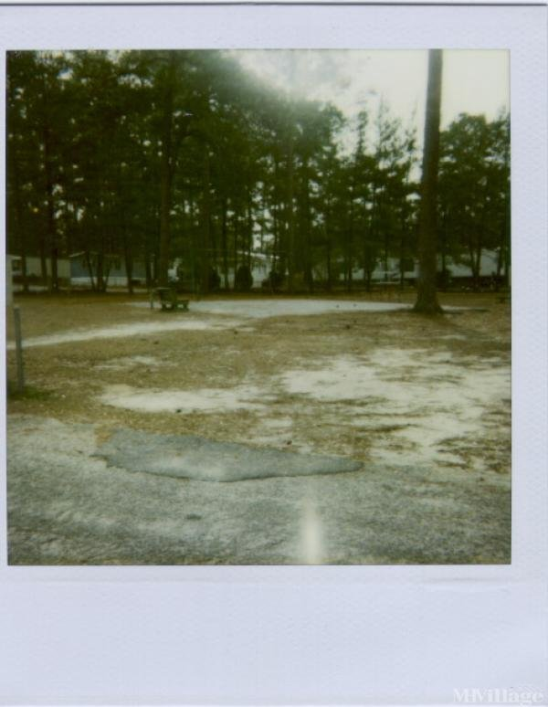 Hunt Club Forest Mobile Home Community Mobile Home Park in Columbia, SC