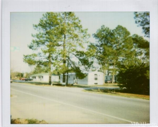 Photo 0 of 1 of park located at Parrot Dr Florence, SC 29501