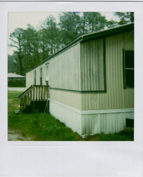 Sharpe Mobile Home Park Mobile Home Park in Columbia, SC