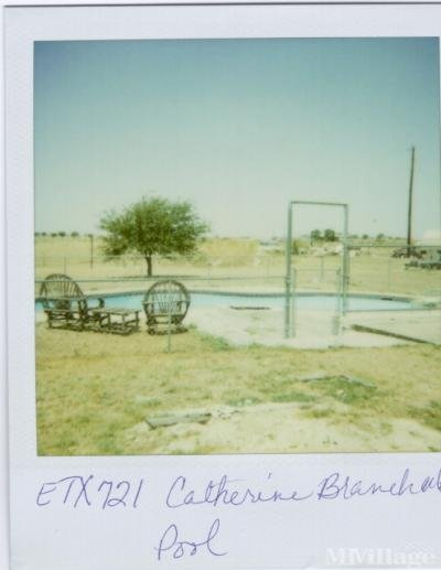 Mobile Home Park in Justin TX