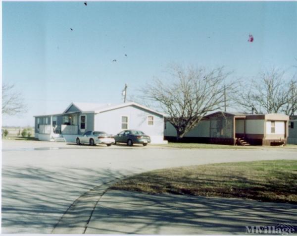 Alta Vista Mobile Home Park Mobile Home Park in Keller, TX