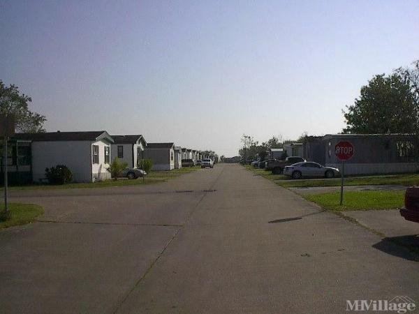 Photo of Angleton Mobile Home Community, Angleton, TX