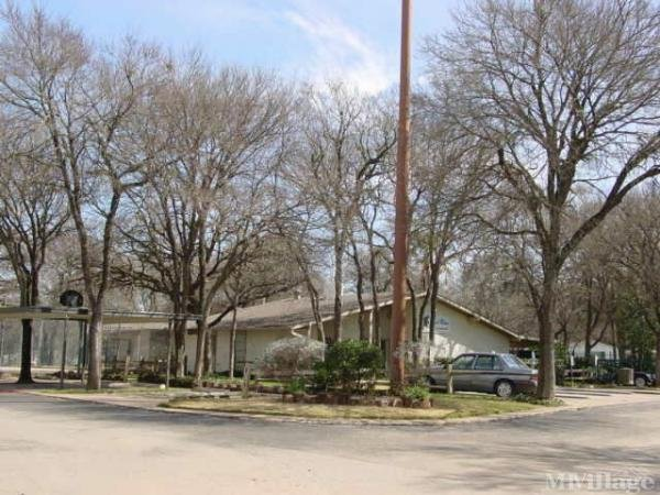 Royal Palms Manufactured Home & Rv Community Mobile Home Park in Austin, TX