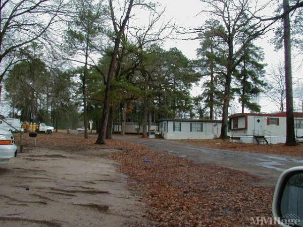Photo of Burke-pine Oaks Oasis Mobile Home Park & Rv Park, Diboll, TX