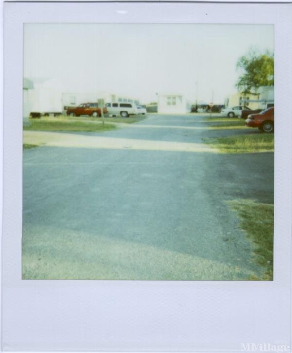 Photo of Cottonwood Mobile Home Park, Rice, TX