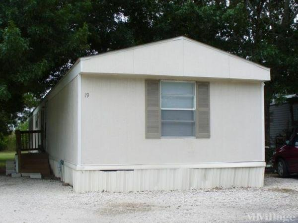 Photo of Country Oaks Mobile Home Park, San Antonio, TX
