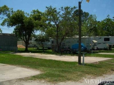 Mobile Home Park in Groves TX