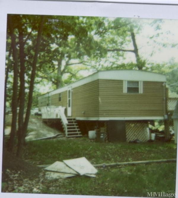 Photo of Duck Cove Trailer Park, Wills Point, TX