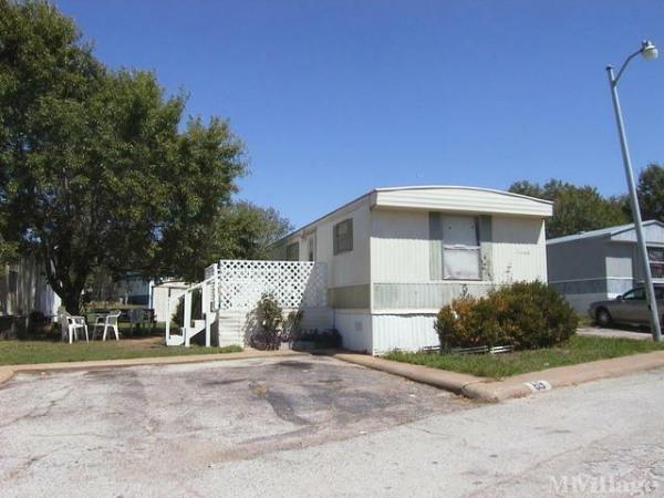 Photo of Greenhill Estates MHP, Roanoke, TX