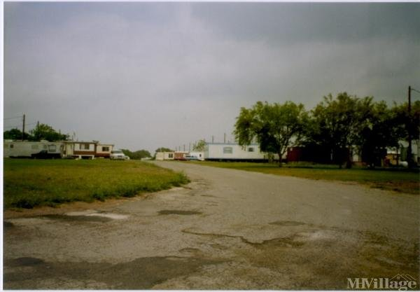 Photo of Hilltop Mobile Home Ranch, Beeville, TX
