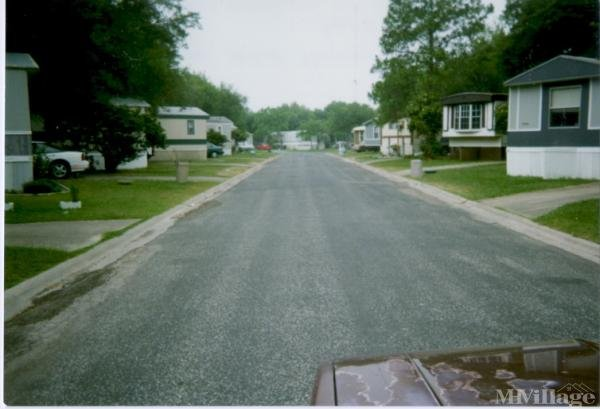 Photo of Holiday Acres Mobile Home Park, Victoria, TX