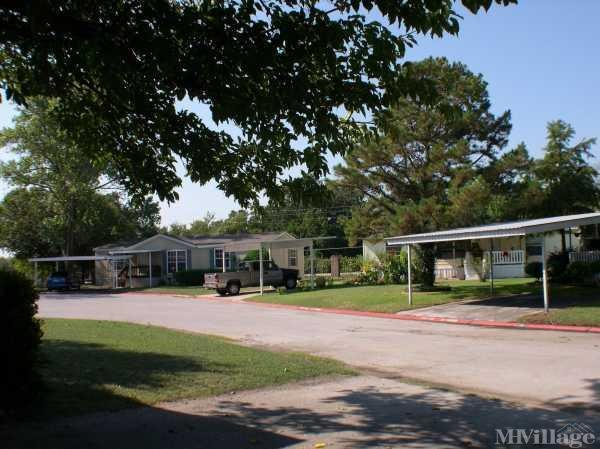 Photo of Leisure Living Manufactured Home Community, Fort Worth, TX