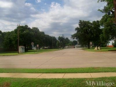 Mobile Home Park in Grapevine TX